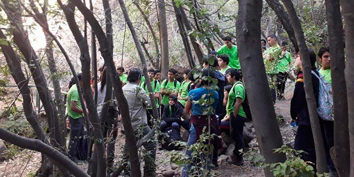 Estudiantes del Liceo Integrado Simón Bolivar conocieron la Reserva Nacional Cipreses