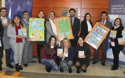Juzgado de Familia de San Vicente recibe donación de juegos infantiles del programa Chile crece contigo