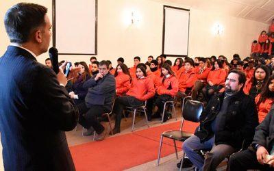 Presidente de la Corte de Rancagua dictó charla sobre responsabilidad penal adolescente a estudiantes