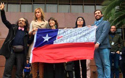 Diputado Raúl Soto entrega apoyo a profesores en paro