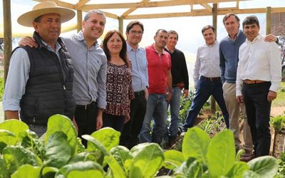 Entregan recursos a pequeños agricultores no usuarios del Indap afectados por granizadas del 2018