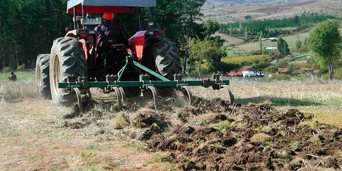 Indap invertirá dos mil millones de pesos en recuperación de suelos agrícolas de la región
