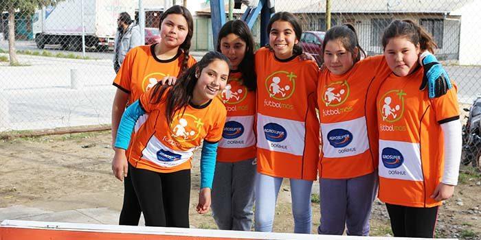 Agrosuper y fundación Fútbol Más unidos por los niños y niñas de la región de O'Higgins
