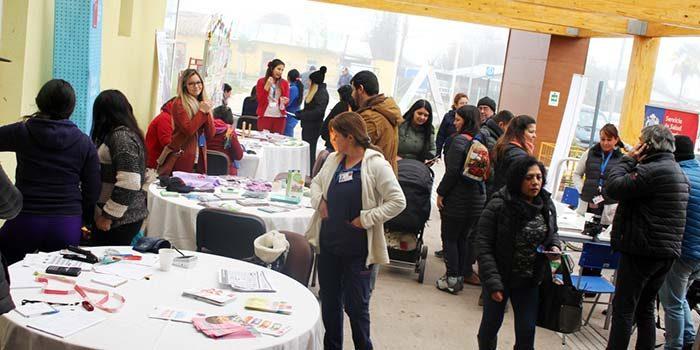 Alta presencia de público en Feria de Satisfacción Usuaria en Hospital de Chimbarongo