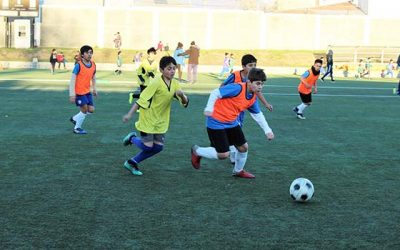 Cientos de niños entre los 11 y 12 años participaron en masivo de fútbol