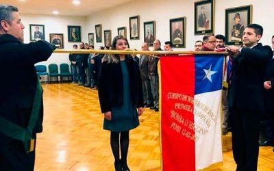 Gobernadora de Cachapoal jura como bombero de la primera compañía de Rancagua