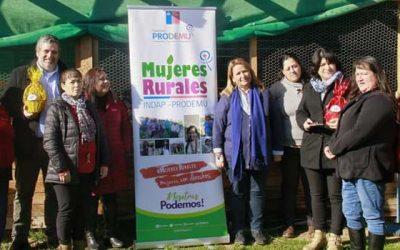 Programa Mujeres Rurales apoya a tres agrupaciones de emprendedoras de Paredones