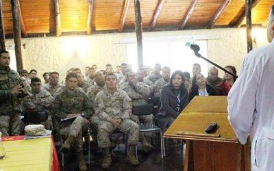 Regimiento Colchagua abre sus puertas al equipo de Infectología del Hospital San Fernando