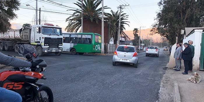 Reponen tramo de alto impacto vial en caminos de Villa La Compañía en Graneros