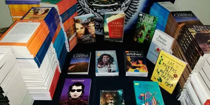 PDI incauta más de 2 mil textos falsificados a librería