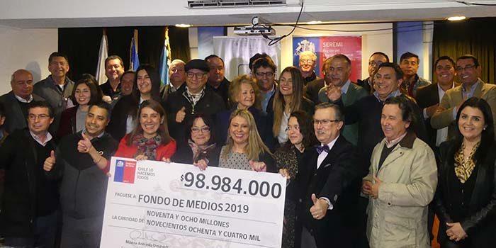 Seremi de Gobierno realizó entrega Simbólica de Fondos de Medios 2019