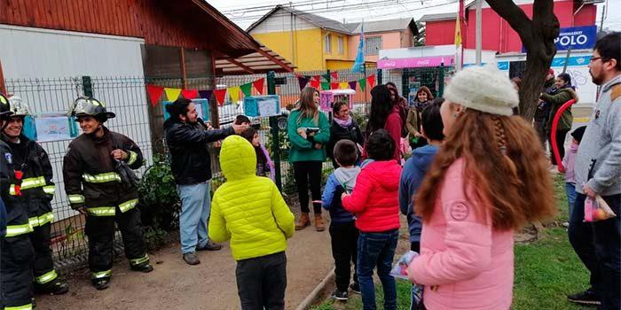 Vecinos de Villa Doña Mabel en Rancagua, inauguran su primera Biblioteca Popular