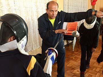 Con deporte el colegio más antiguo de chile rindió homenaje a sus atletas destacados