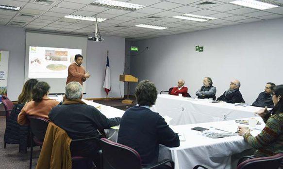 En sesión del Consejo Asesor Externo de INIA Rayentué se analiza situación agropecuaria de la región