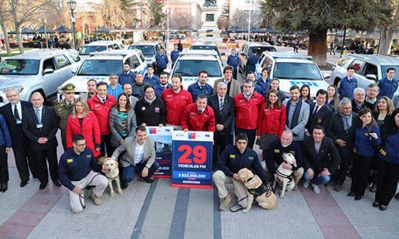 Gobierno Regional entregó 15 nuevos vehículos policiales a la PDI