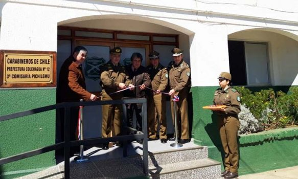 Inauguran remodelada sala de guardia para atención al público