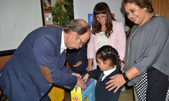 Informe OCDE destaca programa Leo Primero del Mineduc