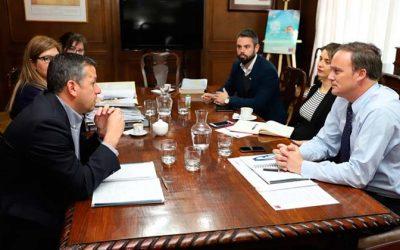 Intendente Masferrer se reunió con Ministro Ward para solicitar informe que clarifique acceso a playa Mónaco