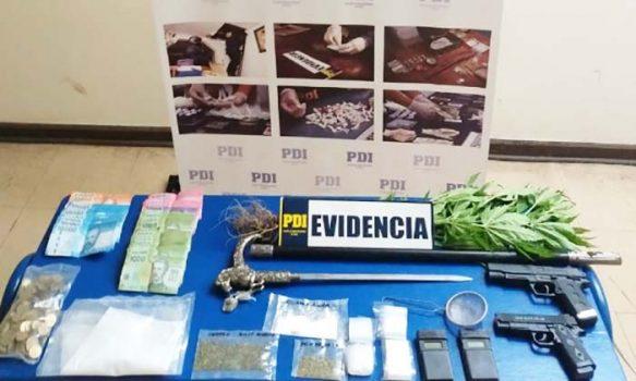 PDI detiene a hermanos que comercializaban drogas y amedrentaban a vecinos en una plaza