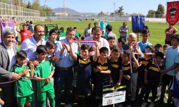 Con recursos del gobierno regional recuperan canchas del estadio municipal de San Fernando destinadas al fútbol joven