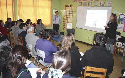 Salud Machalí realiza capacitación en docentes de la Escuela Especial Juan Tachoire Moena