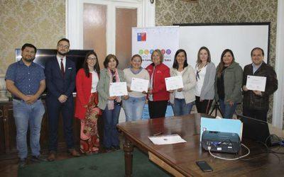 Seremi de Desarrollo Social y Familia certifica a organizaciones que se adjudican fondo concursable Chile Compromiso de Todos