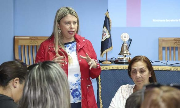 Seremi Milena Acevedo resalta Política Nacional de Medicamentos
