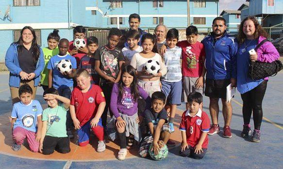 Con éxito se inaugura nuevo taller municipal de baby fútbol en población Algarrobo 3