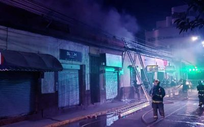 Cuatro locales afectados deja incendio en calle Bueras de Rancagua