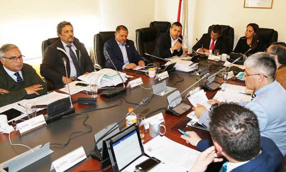 Gobierno ingresa proyecto por $2.500 millones para nuevas luminarias en 27 comunas de la región