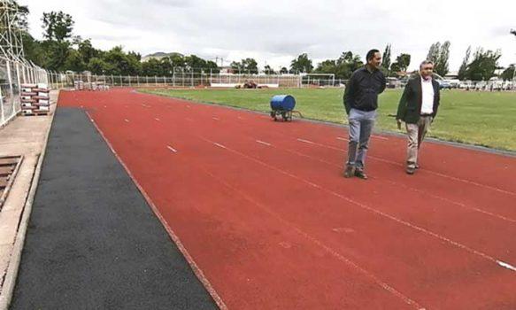 Más de 40% de avance tienen las obras para renovar pista atlética en San Fernando