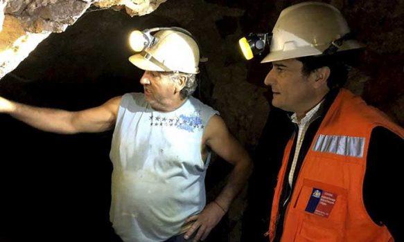 Minería destina recursos a 22 proyectos de pequeños productores de oro