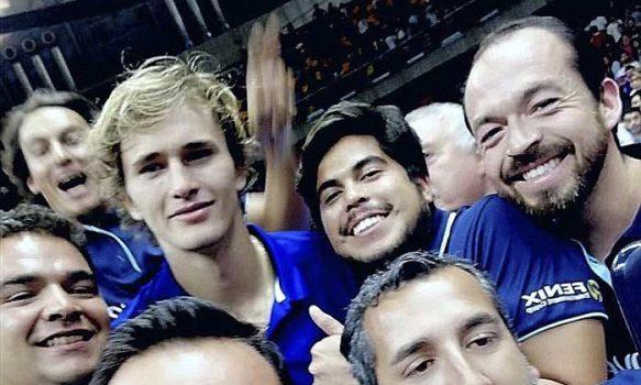 Un rancagüino gritó los saques inválidos de Federer y Zverev