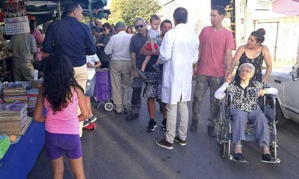 Cecosf Santa Teresa y feria libre comunal potencian la prevención y promoción de la salud con alianza estratégica