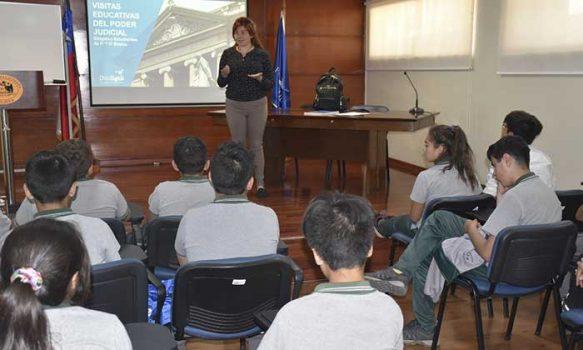 Corte de Rancagua recibió la visita de alumnos del colegio Manuel Rojas