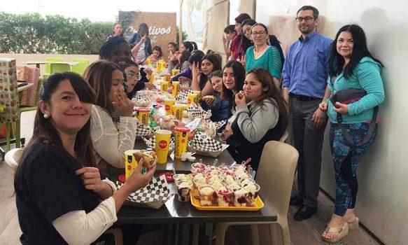 Juzgado de Letras y Familia de San Vicente organizó actividad navideña para niñas de residencia
