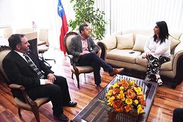Ministra Rubilar encabezó diálogo ciudadano con dirigentes sociales y adultos mayores en Rancagua