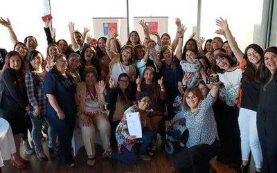 """Mujeres de la región de O'Higgins reciben certificación tras aprobar las """"Escuelas de Líderes Políticas"""""""