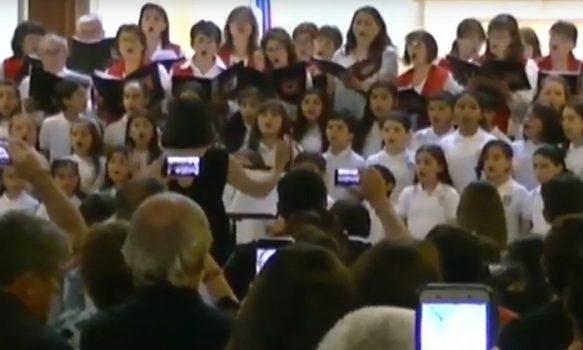 Niños invaden catedral de Rancagua