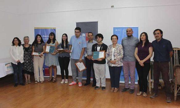 Se entregaron los premios del Concurso Escolar de Cuento Breve Poeta Óscar Castro