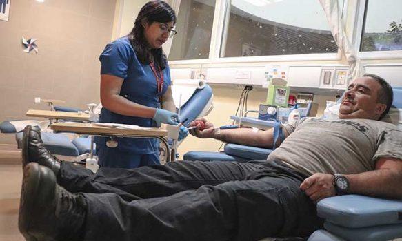 Hospital Regional registra baja participación de donantes de sangre en verano