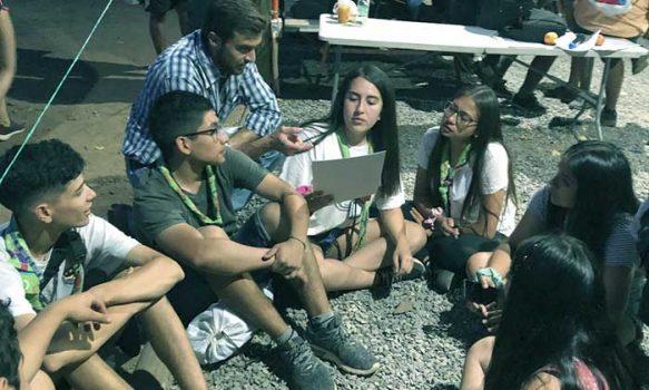 """Jóvenes Scouts del Jamboree realizan diálogos ciudadanos del """"Chile que queremos"""""""