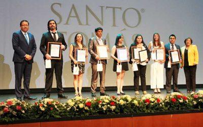 Más de 600 nuevos técnicos y profesionales se titularon en Santo Tomás Rancagua