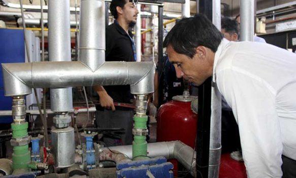 Ministro de Energía conoce proyectos de eficiencia energética en Hospital San Fernando