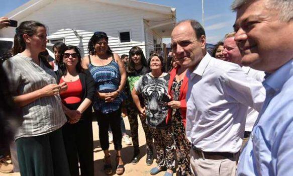 Minvu inicia obra de viviendas definitivas para damnificados por incendio de Limache