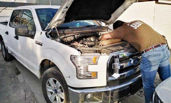 Mujer que recibió camioneta presuntamente de regalo para Navidad fue detenida por receptación