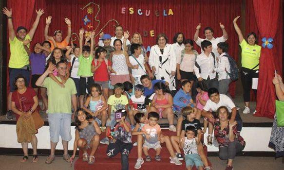 En Olivar despiden centros de atención para niños y niñas con cuidadores principales temporeros