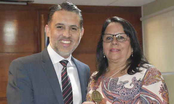 Presidente la Corte de Rancagua encabezó ceremonia de reconocimiento a funcionaria que se acogió al incentivo al retiro