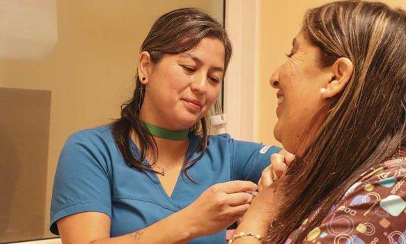 Funcionarios del Hospital Regional son vacunados contra la influenza