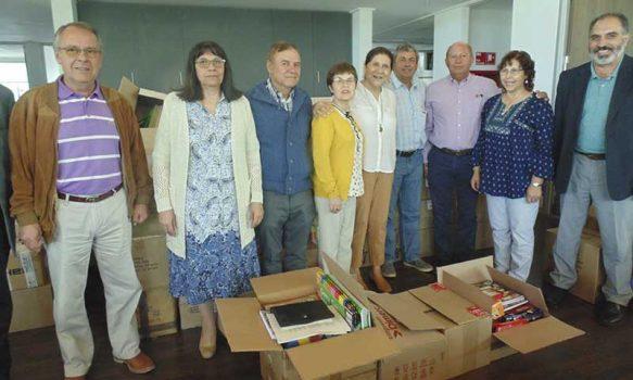 Municipio de Palmilla entrega útiles escolares y gestiona transporte gratuito para todos los estudiantes de la comuna
